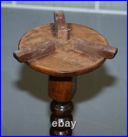Edwardian Period Tall English Oak Walnut Bobbin Turned Lamp Wine Side End Table