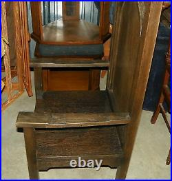 Quartersawn Oak Gothic Armchair / Entry Chair (AC144)