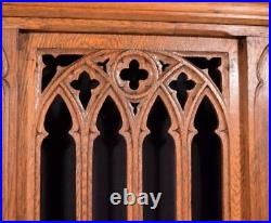 Vintage French Oak Wood Neo Gothic Church Railing Salvage